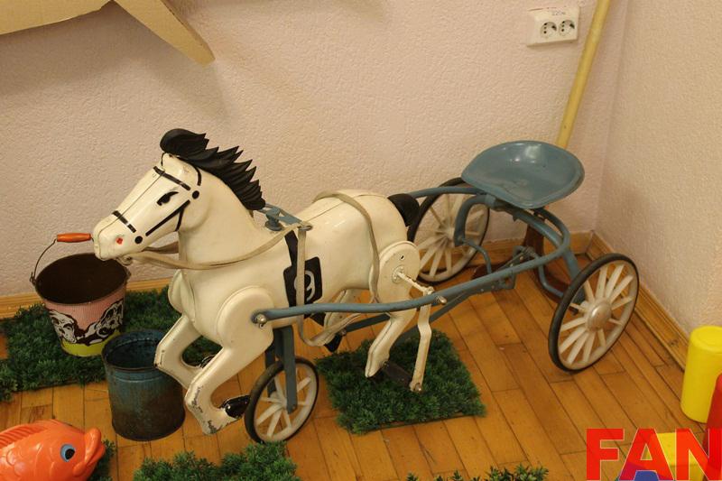 Деревянные лошадки, лото, куклы – выставка «Игрушечные истории» открылась в Ижевске